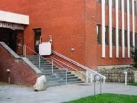 Tilgængelighed i folkekirken: Trapper, ramper, elevatorer m.m.